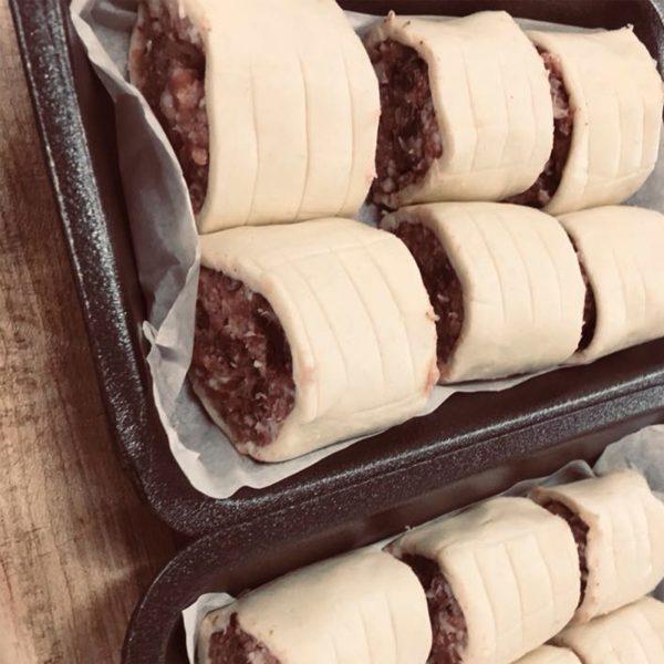 Homemade Sausage Rolls (6 Pack)